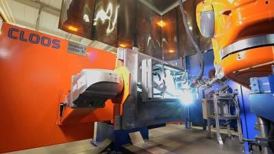 System wymiany palnika łączy spawanie łukowe i kołkowe w firmie Langmatz